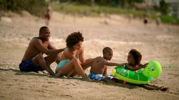 Hilton HHonors TV Spot, 'Sunscreens Together' - Thumbnail 6