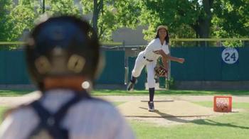 Chevrolet TV Spot, 'Throw Like a Girl' Featuring Mo'ne Davis - Thumbnail 7