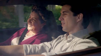 2014 Honda Civic TV Spot, 'Mom Directions' [Spanish] - Thumbnail 2