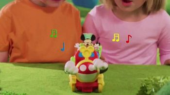 Fisher Price Wobble Bobble Choo Choo TV Spot, 'Mickey Mouse Clubhouse' - Thumbnail 3