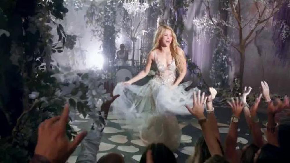 Crest 3D White Luxe TV Commercial, 'El Poder Para Cautivar' Con Shakir