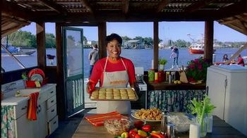 Popeyes Buttermilk Biscuit Butterfly Shrimp TV Spot, 'Amazing Flavors' - 1297 commercial airings
