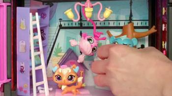 Littlest Pet Shop Style Sets and Pets TV Spot, 'Decorate' - Thumbnail 4