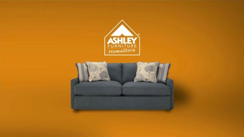 Ashley Furniture Homestore Halloween Treat Yourself Event TV Spot [Spanish] - Thumbnail 2