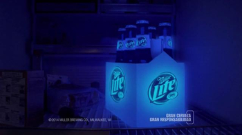 Miller Lite TV Spot, 'Empaque' [Spanish] - Thumbnail 6