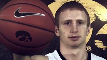 University of Iowa Athletics TV Spot, '2014 Basketball Season Tickets' - Thumbnail 3