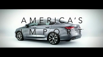 2015 Chrysler 200 TV Spot, 'Japanese Quality' Song by The Roots - Thumbnail 8