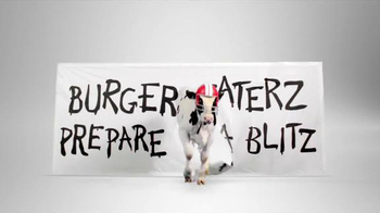 Chick-fil-A TV Spot, 'Burger Blitz' - Thumbnail 5