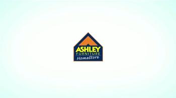 Ashley Furniture Homestore TV Spot, 'Cáncer de Seno' [Spanish] - Thumbnail 1