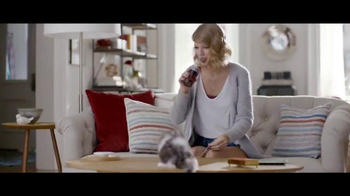 Diet Coke TV Spot, 'Taylor Swift Kittens' Featuring Taylor Swift - Thumbnail 2