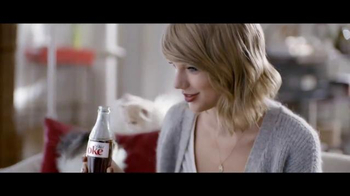 Diet Coke TV Spot, 'Taylor Swift Kittens' Featuring Taylor Swift - Thumbnail 6
