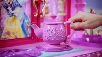 Disney Princess Royal Kingdom Kitchen Cafe TV Spot, 'Royal Meals' - Thumbnail 6