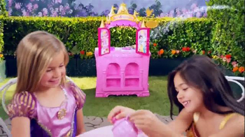 Disney Princess Royal Kingdom Kitchen Cafe TV Spot, 'Royal Meals' - Thumbnail 9