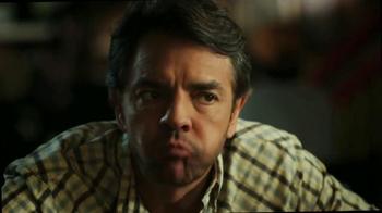 DishLATINO TV Spot, 'Eugenio Es Toda Una Celebridad' [Spanish] - Thumbnail 7