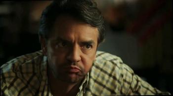 DishLATINO TV Spot, 'Eugenio Es Toda Una Celebridad' [Spanish] - Thumbnail 8