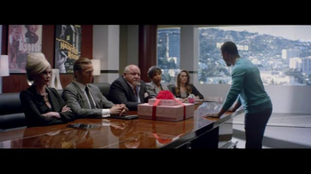 Vitaminwater TV Spot, 'Make it Big' Featuring Kevin Hart - Thumbnail 8