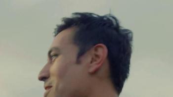 Just For Men Autostop TV Spot, 'Profile: Shawn Lee' [Spanish] - Thumbnail 4