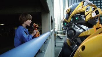 Transformers: Age of Extinction Mega 1-Step Bumblebee Figure TV Spot - Thumbnail 9