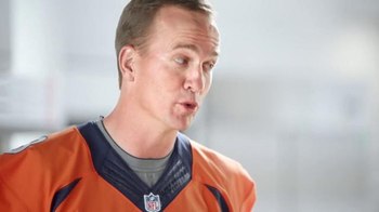 Papa John's Ultimate Meat Pizza TV Spot, 'Up Your Game' Ft. Peyton Manning - Thumbnail 5