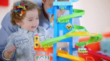 Fisher Price Little People City Skyway TV Spot, 'En El Coche' [Spanish] - Thumbnail 6