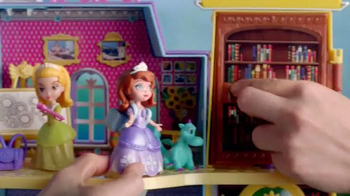 Sofia the First Royal Prep Academy Playset TV Spot, 'Magic in Every Corner' - Thumbnail 7