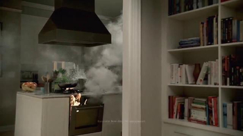 VIZIO P-Series Ultra HD TV Spot, 'Turkey Dinner' - Thumbnail 6
