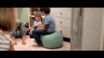 Best Buy Dyson DC59 TV Spot, 'Tinsel' - Thumbnail 6