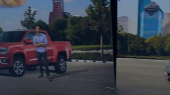 2015 Chevrolet Colorado TV Spot, 'You Know You Want a Truck: Focus Groups' - Thumbnail 3