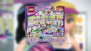 LEGO Friends Heartlake Shopping Mall TV Spot, 'Emma & Stephanie Meet Up' - Thumbnail 10