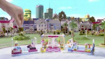 LEGO Friends Heartlake Shopping Mall TV Spot, 'Emma & Stephanie Meet Up' - Thumbnail 3