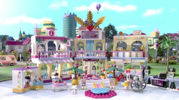 LEGO Friends Heartlake Shopping Mall TV Spot, 'Emma & Stephanie Meet Up' - Thumbnail 4