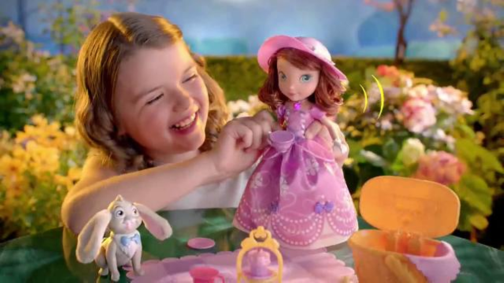 Sofia the First Tea Party Picnic Doll TV Commercial, 'Cupcakes, Tea and  Clover' - Video