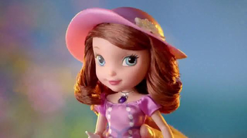 Sofia the First Tea Party Picnic Doll TV Spot, 'Cupcakes, Tea and Clover' - Thumbnail 2