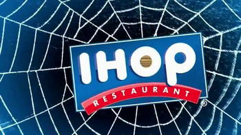 IHOP Free Scary Face Pancake TV Spot, 'Scary Face Pancakes at IHOP' - Thumbnail 2