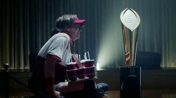Dr Pepper TV Spot, 'College Football: Larry and the Trophy' - Thumbnail 8