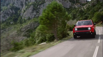 2015 Jeep Renegade Sport TV Spot, 'See Everything' Song by X Ambassadors