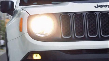 2015 Jeep Renegade Sport TV Spot, 'See Everything' Song by X Ambassadors - Thumbnail 3