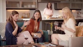 Bon Appétit Pizza TV Spot, 'Happy Hour' - Thumbnail 4