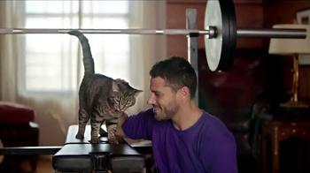 Meow Mix Irresistibles TV Spot, 'Lifting Weights' - Thumbnail 7