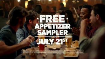 Applebee's Free Appetizer Sampler TV Spot, 'Taste the Change' - Thumbnail 5