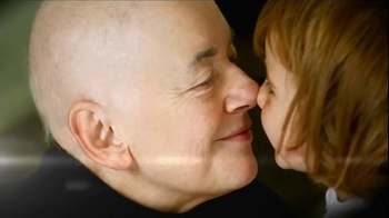 The V Foundation for Cancer Research TV Spot, 'Fighters' Ft. Robin Roberts - Thumbnail 6
