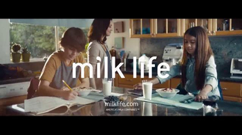 Milk Life TV Spot, 'Milk Jumps' - Thumbnail 7