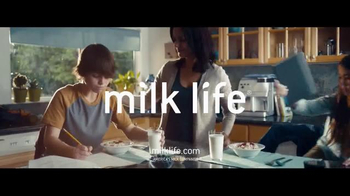 Milk Life TV Spot, 'Milk Jumps' - Thumbnail 6