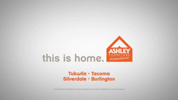 Ashley Furniture Homestore TV Spot, 'Finance Offer' - Thumbnail 10