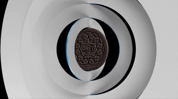 Oreo Thins TV Spot, 'Thinner' - Thumbnail 3
