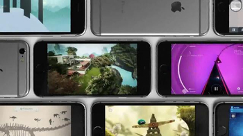 Apple iPhone TV Spot, 'Hardware & Software' Song by Glass Animals - Thumbnail 5