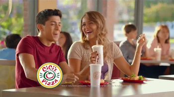 CiCi's Stuffed Crust Pizza TV Spot, 'Sueña' canción Gary Wright [Spanish] - Thumbnail 7