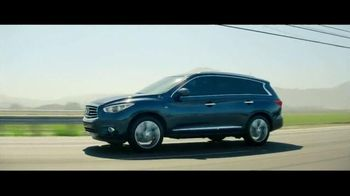 Infiniti QX60 TV Spot, 'Vacation' Featuring Christie Brinkley - Thumbnail 9