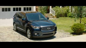 Infiniti QX60 TV Spot, 'Vacation' Featuring Christie Brinkley - Thumbnail 2