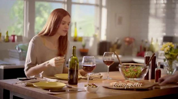 Bon Appétit Pizza TV Spot, 'Time for Each Other' - Thumbnail 6